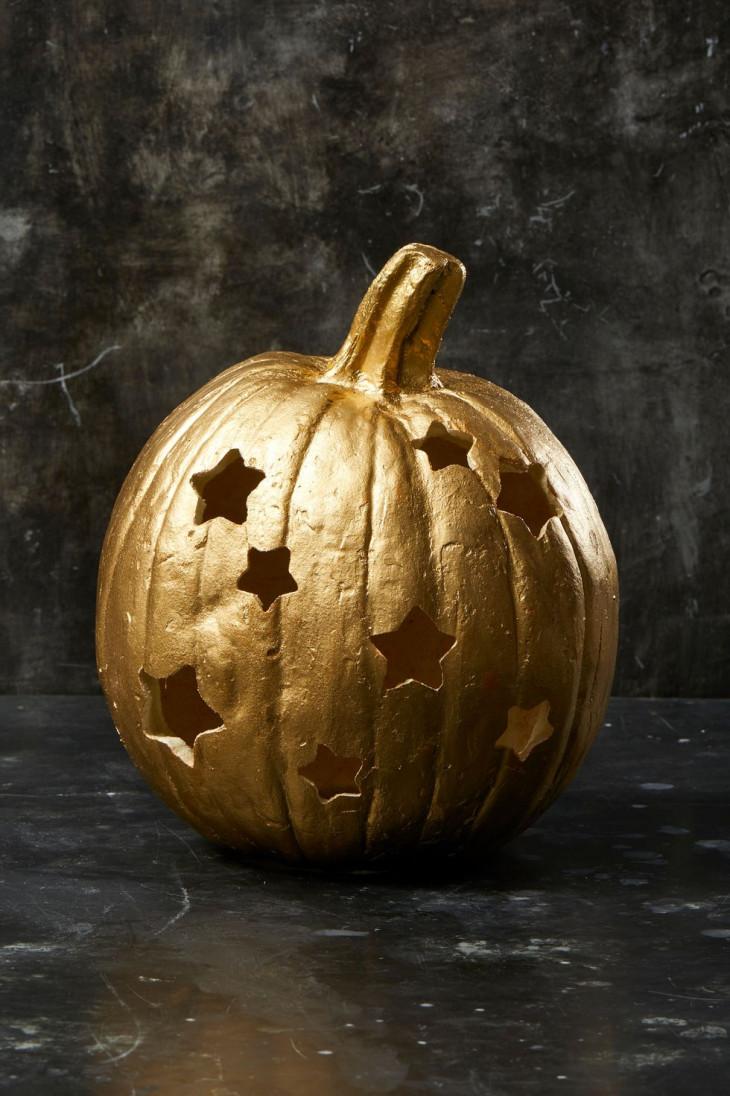 тыква на хэллоуин с вырезами