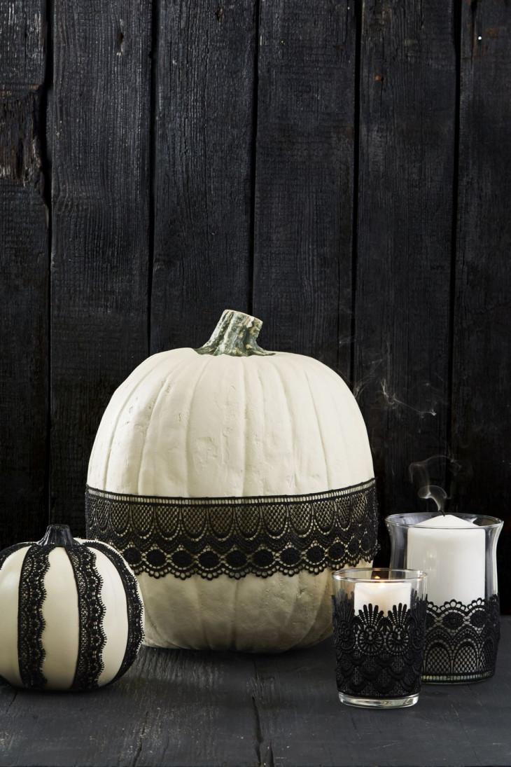 тыква на хэллоуин с ажурным декором